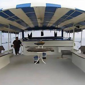MV Andaman liveaboard sukellussafari INTO Dive center